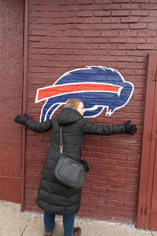Jess feels an instant love for Buffalo, New York